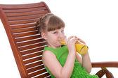 Menina feliz bebendo — Fotografia Stock
