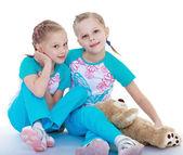 Twin sisters — Stock Photo