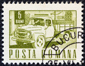 ROMANIA - CIRCA 1967: A stamp printed in Romania shows a Carpati lorry, circa 1967. — Zdjęcie stockowe