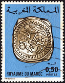 "MOROCCO - CIRCA 1976: A stamp printed in Morocco from the ""Moroccan Coins (1st series)"" issue shows a Rabat silver coin 1774/5, circa 1976. — 图库照片"