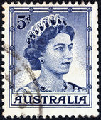 AUSTRALIA - CIRCA 1959: A stamp printed in Australia shows a portrait of Queen Elizabeth II, circa 1959. — Stock Photo