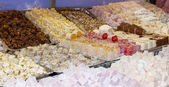 Turkish delight sweets at a market in Istanbul — Stock Photo