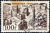 """Frankreich - ca. 1949: eine Briefmarke gedruckt in Frankreich aus der """"air Ansichten""""-Ausgabe zeigt Lille, ca. 1949. — Stockfoto"""