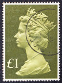 UNITED KINGDOM - CIRCA 1977: A stamp printed in United Kingdom shows Queen Elizabeth II, circa 1977. — Stock Photo