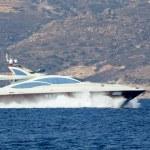 Luxury yacht speeding — Stock Photo #21838367
