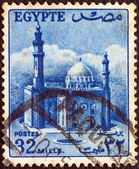 EGYPT - CIRCA 1953: A stamp printed in Egypt shows Sultan Hussein Mosque, Cairo, circa 1953. — Foto de Stock