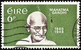 """Irlanda - circa 1969: un sello impreso en irlanda de la cuestión """"centenario del nacimiento de mahatma gandhi"""" muestra mahatma gandhi, circa 1969. — Foto de Stock"""