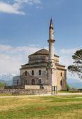 Fethiye mešita s hrobku ali paša v popředí, ioannina, řecko — Stock fotografie