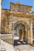 Mazeus and Mithridates Gate, Ephesus, Turkey — Stockfoto