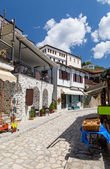Alley in the picturesque village of Makrinitsa, Pelion, Greece — Stock Photo