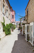 Traditional alley in Alacati, Izmir province, Turkey — Stock Photo