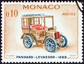"MONACO - CIRCA 1961: A stamp printed in Monaco from the ""Veteran Cars "" issue shows Panhard-Levassor, 1899, circa 1961. — 图库照片"