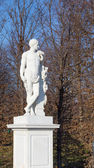 Hercules garden statue in Schonbrunn palace, Vienna — Stock Photo