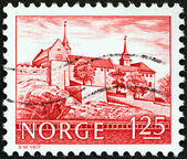 NORWAY - CIRCA 1977: A stamp printed in Norway shows Akershus Castle, Oslo, circa 1977. — Stockfoto