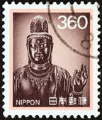 JAPAN - CIRCA 1989: A stamp printed in Japan shows Goddess of Mercy, Yaluski Temple, Nara, circa 1989. — Стоковое фото