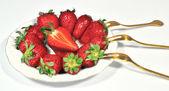 Dish juicy ripe strawberries — Stock Photo