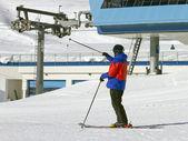 Kayakçı, kış — Stok fotoğraf