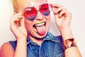 Hipster smiling girl — 图库照片