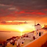 Väderkvarn i santorini, grekland — Stockfoto