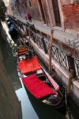 Венеция с гондолами в Италии — Стоковое фото