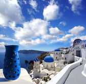 Santorini island with church and blue vase in Greece — Stock Photo