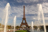 Eiffel Tower with fountains in Paris, France — Photo