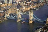 Beroemde tower bridge in londen, engeland — Stockfoto