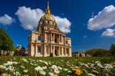 Paris, les invalides, em tempo de primavera, famoso ponto turístico, frança — Fotografia Stock