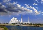 Meczet sheikh zayed, abu dhabi, zjednoczone emiraty arabskie, bliskim wschodzie — Zdjęcie stockowe