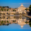 Basilica di San Pietro with bridge in Vatican, Rome, Italy — Stock Photo #47714519