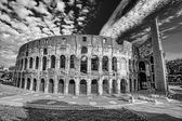 Colosseum during spring time, Rome, Italy — Stock fotografie