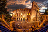 Colosseum during evening time in Rome, Italy — Stock Photo