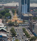 Bird's eye view of Sule Paya (pagoda) stupa. Yangon. Myanmar. — Stock Photo