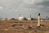 View of the refinery before the storm — Stock Photo