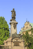 Monument of national poet Adam Mickiewicz, Warsaw, Poland — Stock Photo