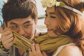 молодая пара в облицовке любовь знакомства — Стоковое фото