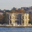 Beatiful palace in Istanbul — Stock Photo