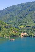 Lago en las montañas de rodopi 2 — Foto de Stock