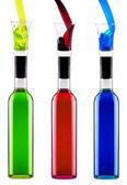 Bouteilles pleines de différents cocktails alcoolisés multicolores avec verre — Photo