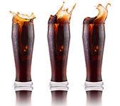 Sfondo di coca-cola fresca con ghiaccio — Foto Stock