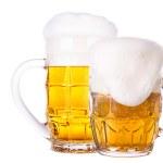 cristal escarchado de cerveza ligera aislada — Foto de Stock