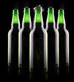 Botella de cerveza abierta mojada — Foto de Stock