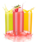 Tasty summer fruit drinks in glass with splash — Zdjęcie stockowe