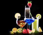 различные алкогольные напитки набор — Стоковое фото
