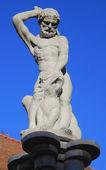 Hercules and Hydra sculpture — Stock Photo