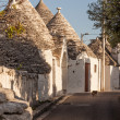 Trulli pathway — Stock Photo