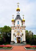 Capilla ortodoxa en la plaza principal de la ciudad de ekaterimburgo — Foto de Stock