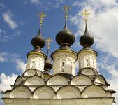 Black Dome Lazarevskaya church in Suzdal, Russia — Stock Photo