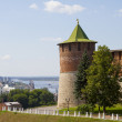 The  towers of the Novgorod Kremlin in sunny weather — Stock Photo