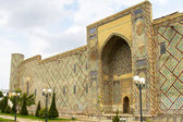 Wall Ulugbek Madrasah in Samarkand Registan Square — Stock Photo